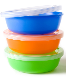 Come pulire perfettamente i contenitori di plastica